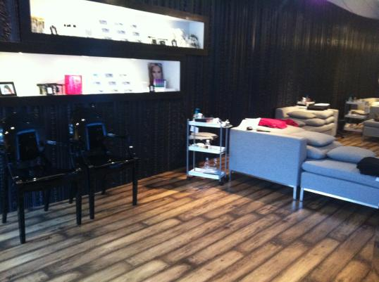 The Noir Lash Lounge in Bellevue, WA