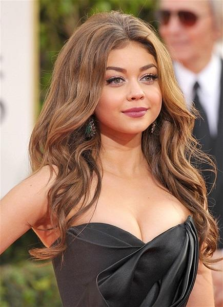 Photo: Sarah Hyland // John Shearer/Invision/AP, file