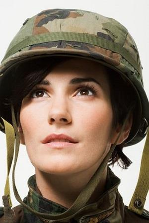 Photo: Female in the army // Getty, U.S. Army