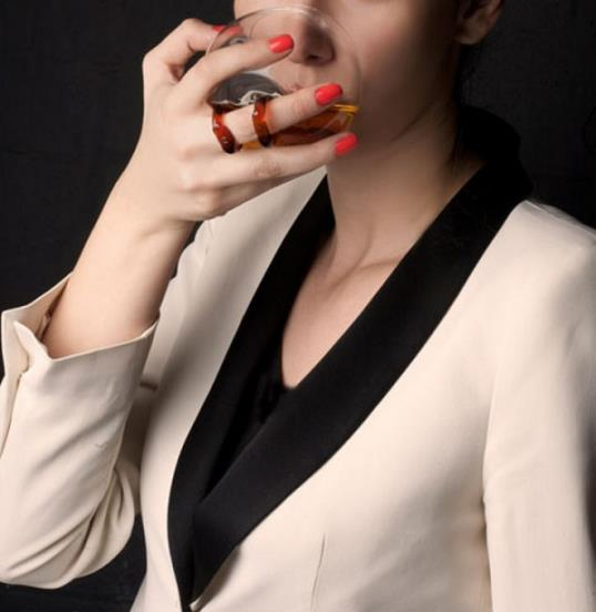 Photo: Wine ring // Courtesy of mervekahraman.com