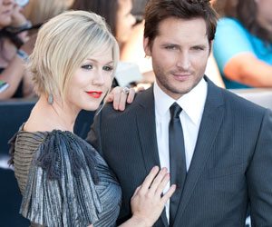 Photo: Jennie Garth Peter Facinelli // Shutterstock
