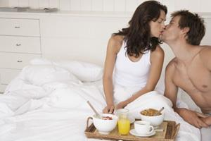 Photo: Breakfast in Bed // Veer