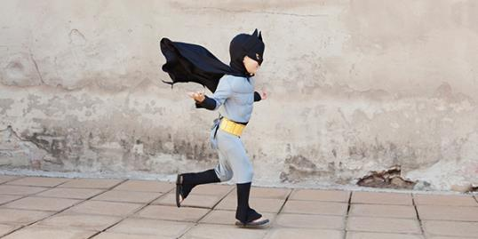 Photo: Child superhero / Sandy Heit/weestock/Corbis