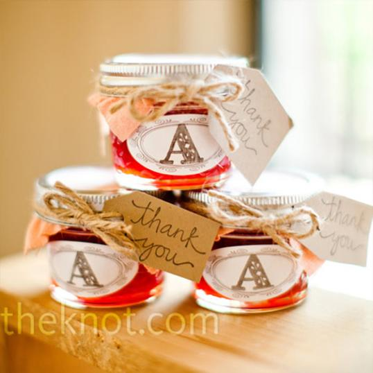 Cameron Chronicles Five Fun And Edible Wedding Favors Strawberry Jam Therapyboxfo