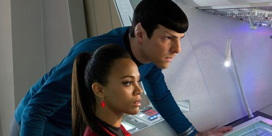 Photo: Zachary Quinto and Zoe Saldana in 'Star Trek' / Zade Rosenthal/Paramount Pictures 