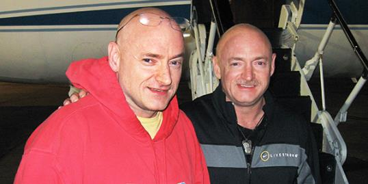 Astronaut Mark Kelly, husband of Gabrielle Giffords and his brother // (Rob Navias/NASA/AP)