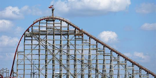 ​A view of The Texas Giant roller coaster at Six Flags Over (Ronald Martinez/Getty Images)
