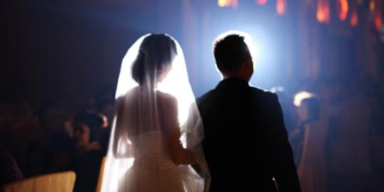 Photo: China's fake marriage market growing / @mr.jerry/Getty Images