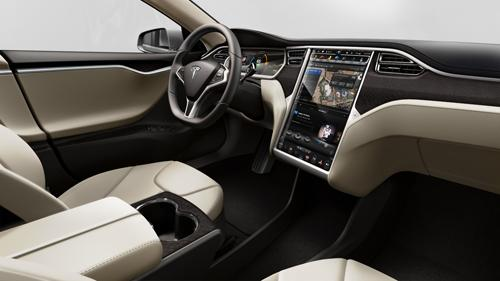2013 Tesla Model S. Image courtesy Tesla Motors.