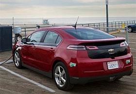 2013 Chevrolet Volt (c) GM