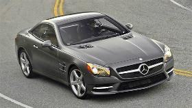 Mercedes-Benz SL-Class photo by Mercedes-Benz