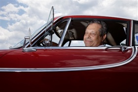 Irv Gordon in his 1966 Volvo P1800. (Image courtesy of MSNBC.)