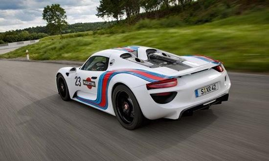 A rear view of the Martini Porsche 918 Spyder. Photo by Porsche.