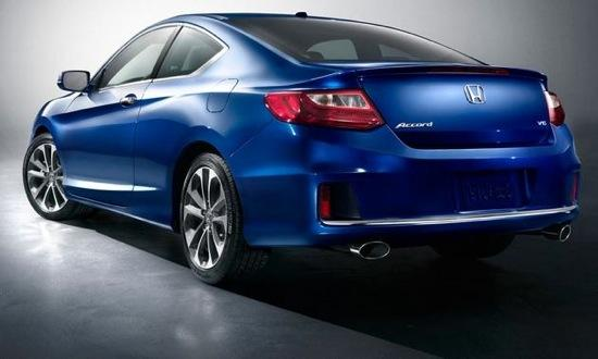 A rear view of the 2013 Honda Accord coupe. Photo by Honda.