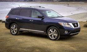 The 2013 Nissan Pathfinder uses a unibody platform and V6 engine.