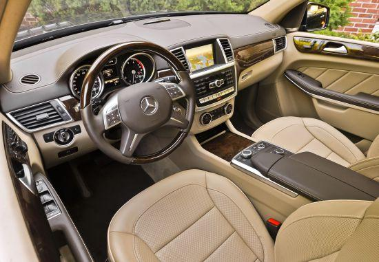 2013 Mercedes-Benz GL350 Interior © Mercedes-Benz USA