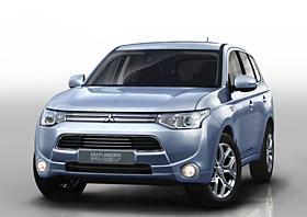 2014 Mitsubishi Outlander PHEV (c) Mitsubishi