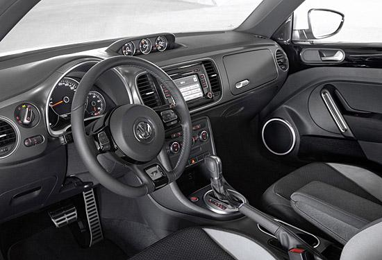 Volkswagen Beetle R-Line interior (c) VW