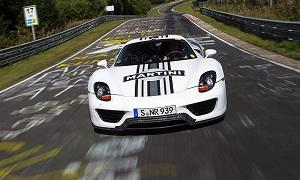 The Porsche 918 turned a time of 7:14 on the 'Ring. (© Porsche Cars North America)