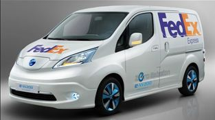 Nissan e-NV200 electric van in FedEx livery&#169;Nissan