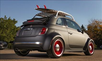 Mopar Fiat 500 Beach Cruiser (© Chrysler Group LLC)