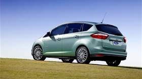 Ford C-Max Energi photo by Ford