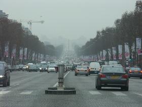 Paris traffic photo by Radovan Bahna