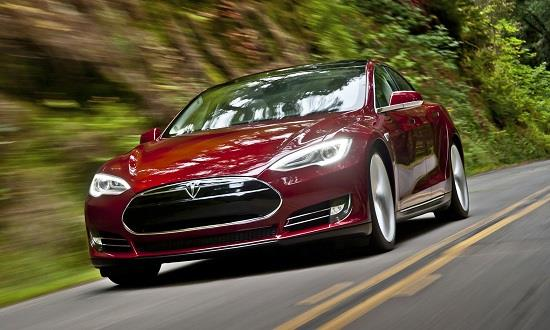 Tesla Model S (© Tesla Motors, Inc.)