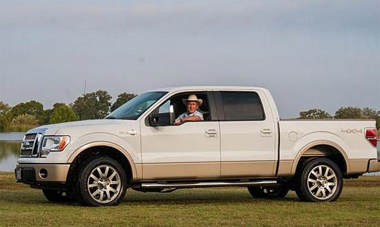 George W. Bush and his Ford F-150 (c) Barrett-Jackson