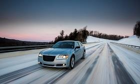 Chrysler 300 Glacier (© Chrysler Group LLC)