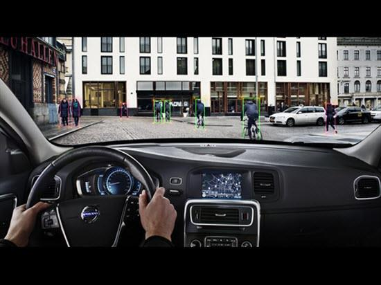Volvo Pedestrian and Cyclist Detection with full auto brake. Photo by Volvo.