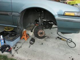 DIY Auto Repair. By Flikr user Bob n Renee.