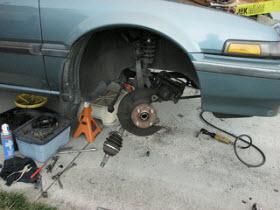 DIY Auto Repair. By Flikr user Bob n Renee.