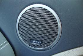 Range Rover Evoque Meridian Sound system.