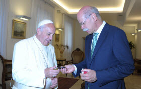 Daimler chairman Dieter Zetsche presents Pope Francis with keys to popemobile. Photo by Daimler.