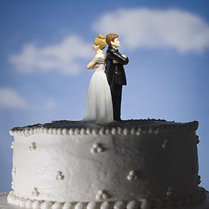 Image: Wedding cake (© Mike Kemp/Jupiterimages)