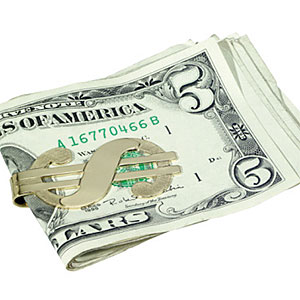 Money clip with cash © NULL, Brand X Pictures, Getty Images