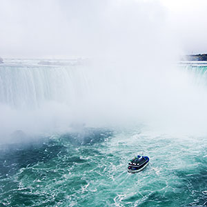 Image: Niagara Falls &#169; Martin Ruegner/Digital Vision/Getty Images