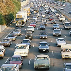 Los Angeles, Calif., traffic on Interstate 405 © VisionsofAmerica/Joe Sohm/Digital Vision/Getty Images