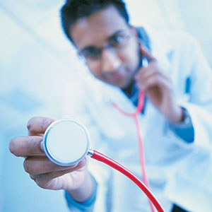 Image: Medical doctor (© Digital Vision/Getty Images)