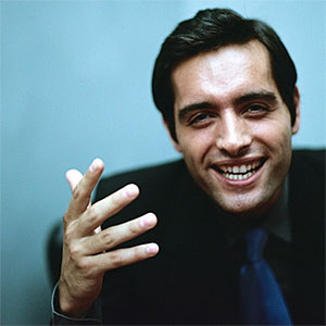 Businessman gesturing © Constantini Michele, PhotoAlto Agency RF, Getty Images