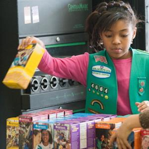 Girl scouts sell cookies in Upper Marlboro, MD., on February 26, 2011 (© Sarah L. Voisin/The Washington Post via Getty Images)