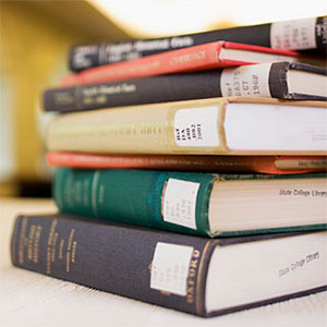 Logo: Stack of library books (Fuse, Fuse, Getty Images)