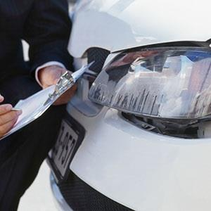 Image: Car Accident (© Stockdisc/Corbis)
