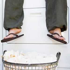 Image: Laundry (© Somos Images/Corbis/Corbis)