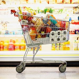 Image: Grocery shopping (© Randy Faris/Corbis)