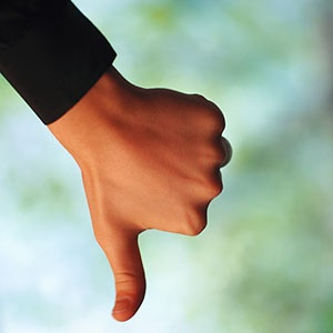 Image: Thumb Down (© Milton Montenegro/Getty Images)