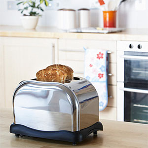 Toast in a Toaster © Fuse, Fuse, Getty Images