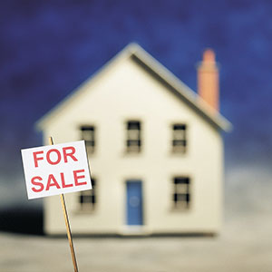 Home for sale © Digital Vision Ltd.