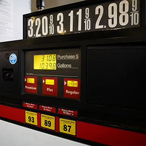Gas prices © Photodisc/SuperStock